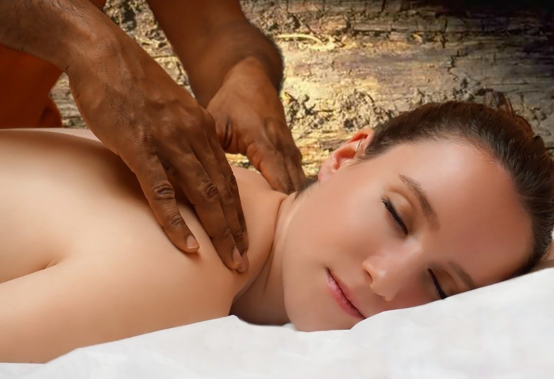 Masaje erótico, perfecto para los premilinares